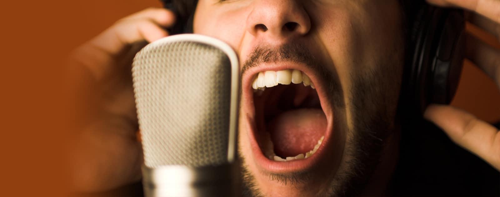 Viens crier ta cause dans le micro