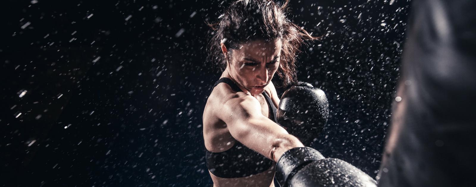 Débat Causette – Les femmes et les sports de combat … ça pique!