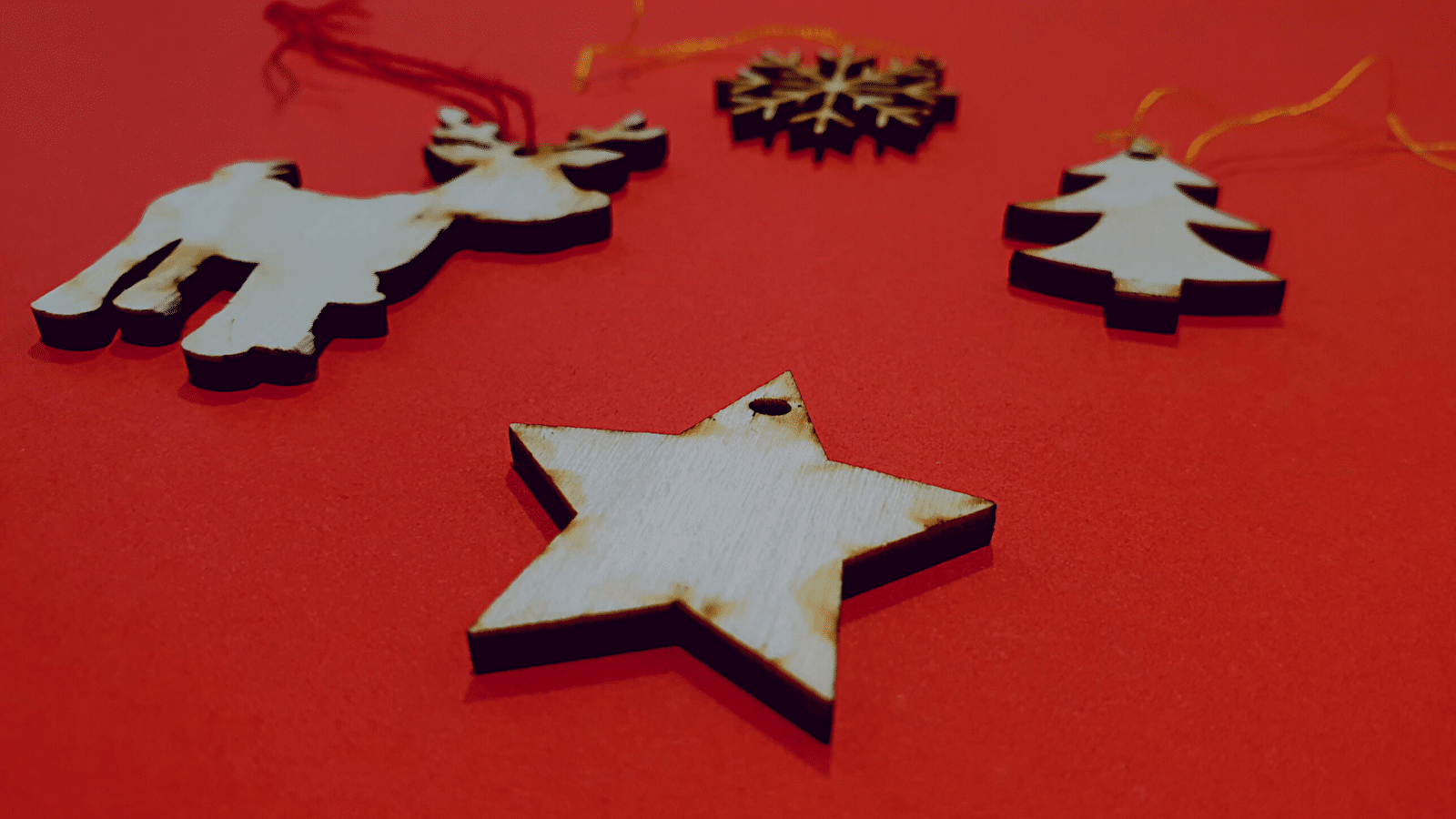 Crée ta déco de Noël en bois